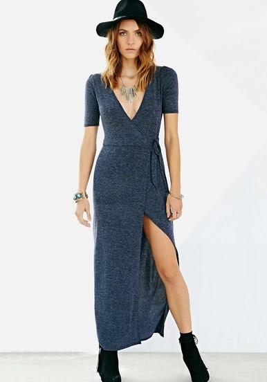 http://fr.sheinside.com/Grey-Short-Sleeve-V-Neck-Split-Maxi-Dress-p-185034-cat-1727.html