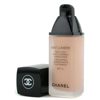 maquillaje mat lumiere chanel