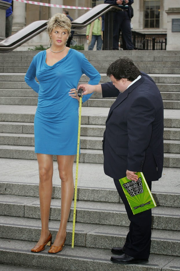 Photos Meet The Woman With Worlds Longest Legs