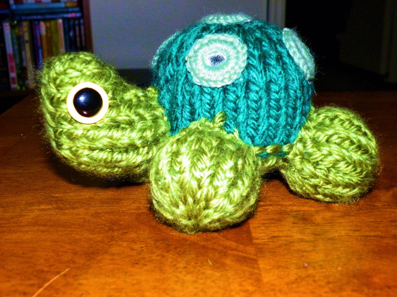 The Loom Muse : How to Loom Knit a Turtle and Ladybug