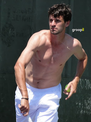 Philipp Petzschner Shirtless at Sony Ericsson Open 2011