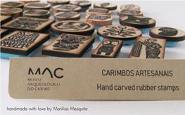 Carimbos no Museu Arqueológico do Carmo