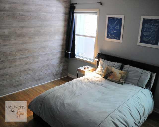Planked wall with wallpaper and golf blue print art :: OrganizingMadeFun.com