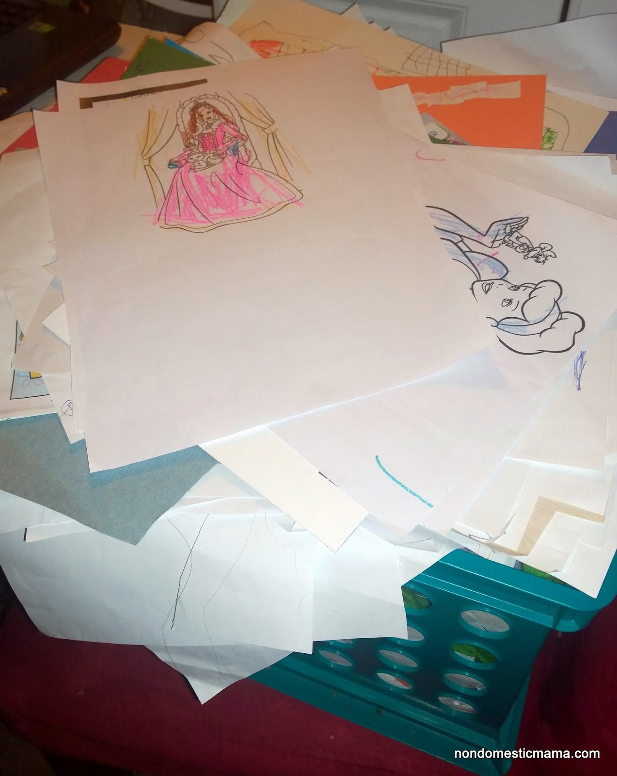 {Day 10} Kid's Artwork - 31 Days of De-Hoarding #write31days #dehoarding