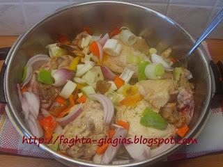 Τα φαγητά της γιαγιάς - Κοτόπουλο με πιπεριές και μπύρα