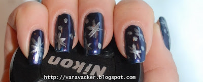 naglar, nails, nagellack, nail polish, stars, christmas, julmanikyr
