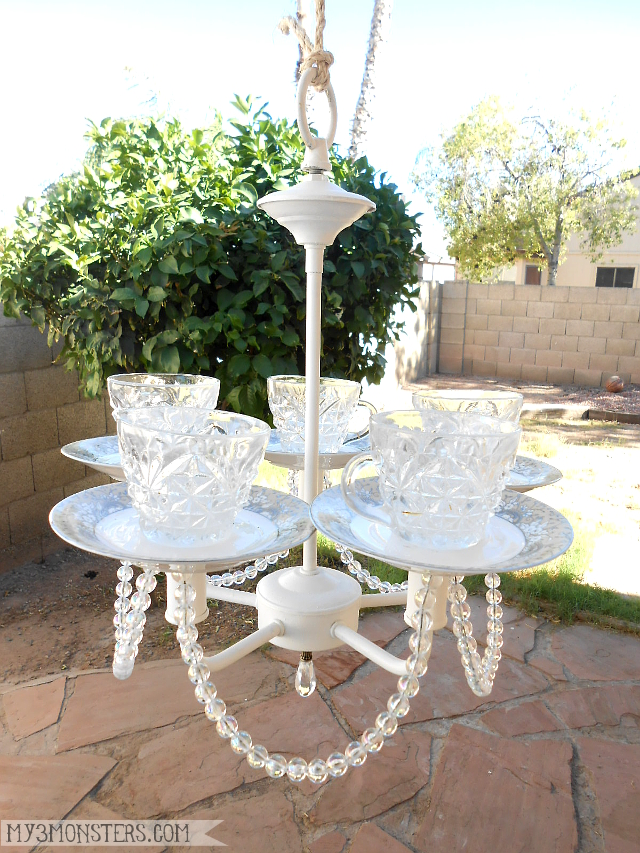 Make a birdfeeder out of an old chandelier and thrifted tea cups!  Tutorial at my3monsters.com