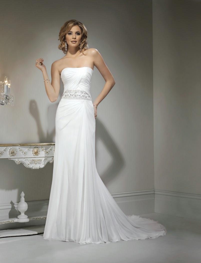 Schlichtes elegantes Chiffon Brautkleid, Hochzeitskleid fliessend, schulterfrei.