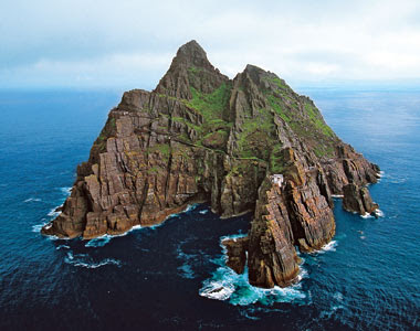 Skellig Michael : A Mysterious Monastery in Ireland