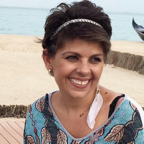 A querida Fernanda Nascimento faleceu. Removeu o seio com o câncer, depois fez cirurgia reparadora, passeou, se divertiu, viveu bem, ajudou muita gente com ... - fernanda%252Bnascimento