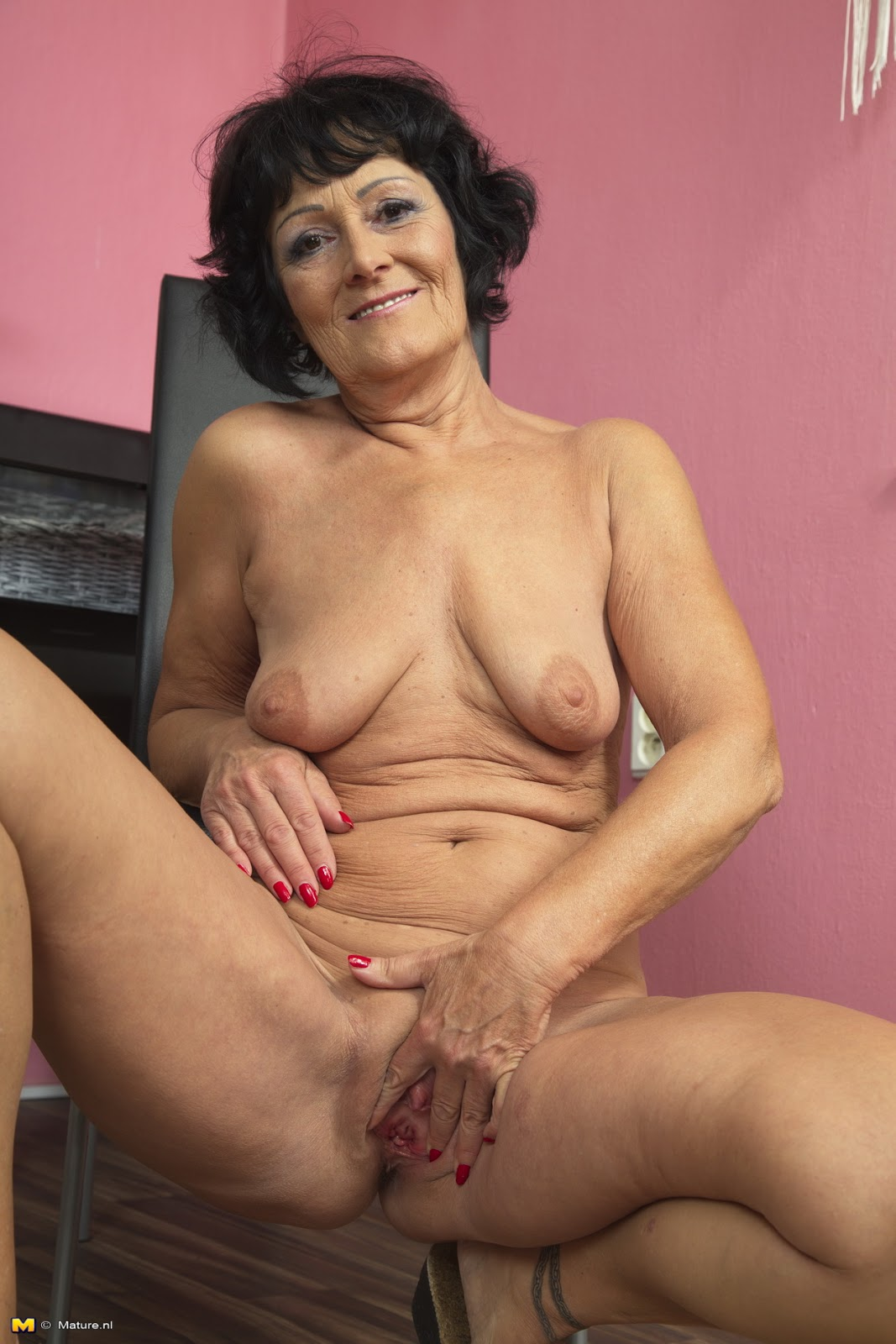 82 year old grandma libby takes young black cock 4