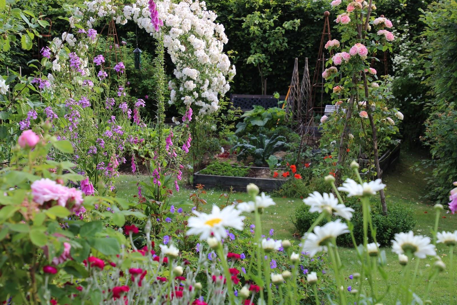 sommarträdgård
