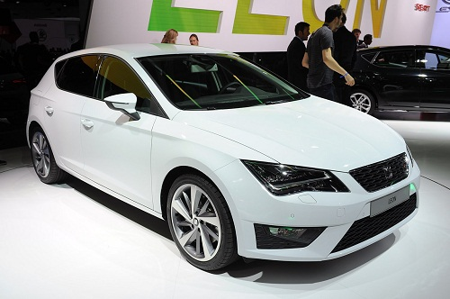 2013-Seat-leon