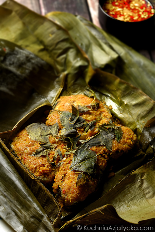 Grillowany sum w paście curry © KuchniaAzjatycka.com