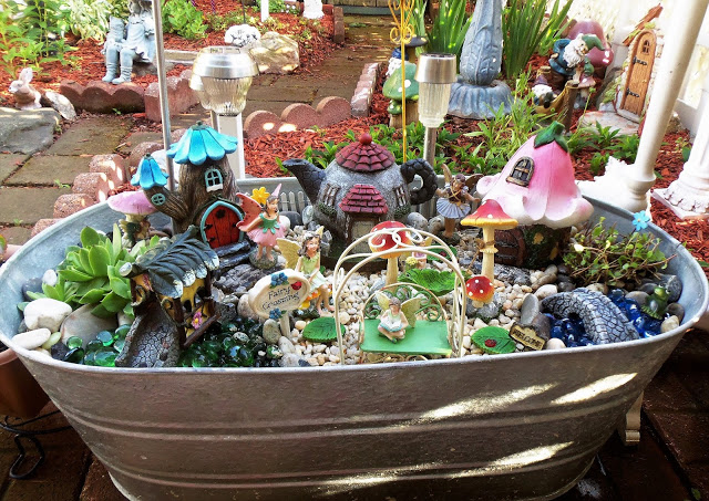 Summer Fairy Garden Tub, 2017