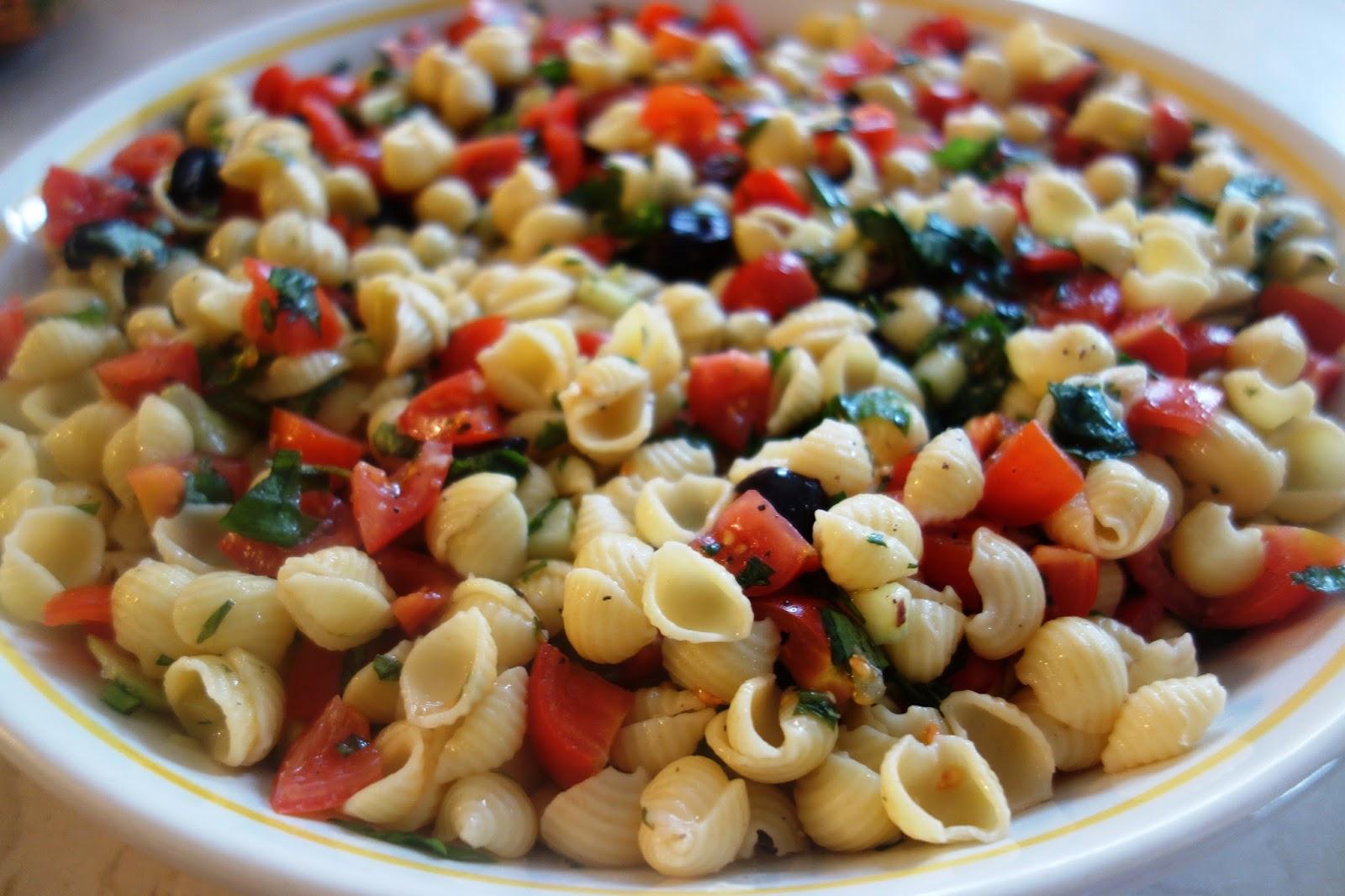 Veegmama Super Simple Pasta Salad Recipe