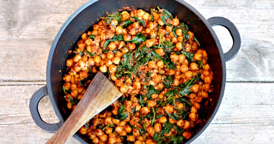 ... & Chillies - Recipes. Reviews. Giveaways.: Spinach and Chickpeas