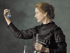Polonium dan Radium - http://asalasah.blogspot.com/2012/12/penemuan-penemuan-hebat-dari-oleh-wanita.html