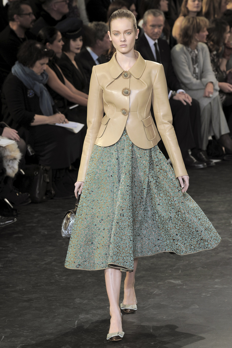 Louis Vuitton Fall/Winter 2010 (and my favourite Vuitton collection ever) via fashioned by love british fashion blog