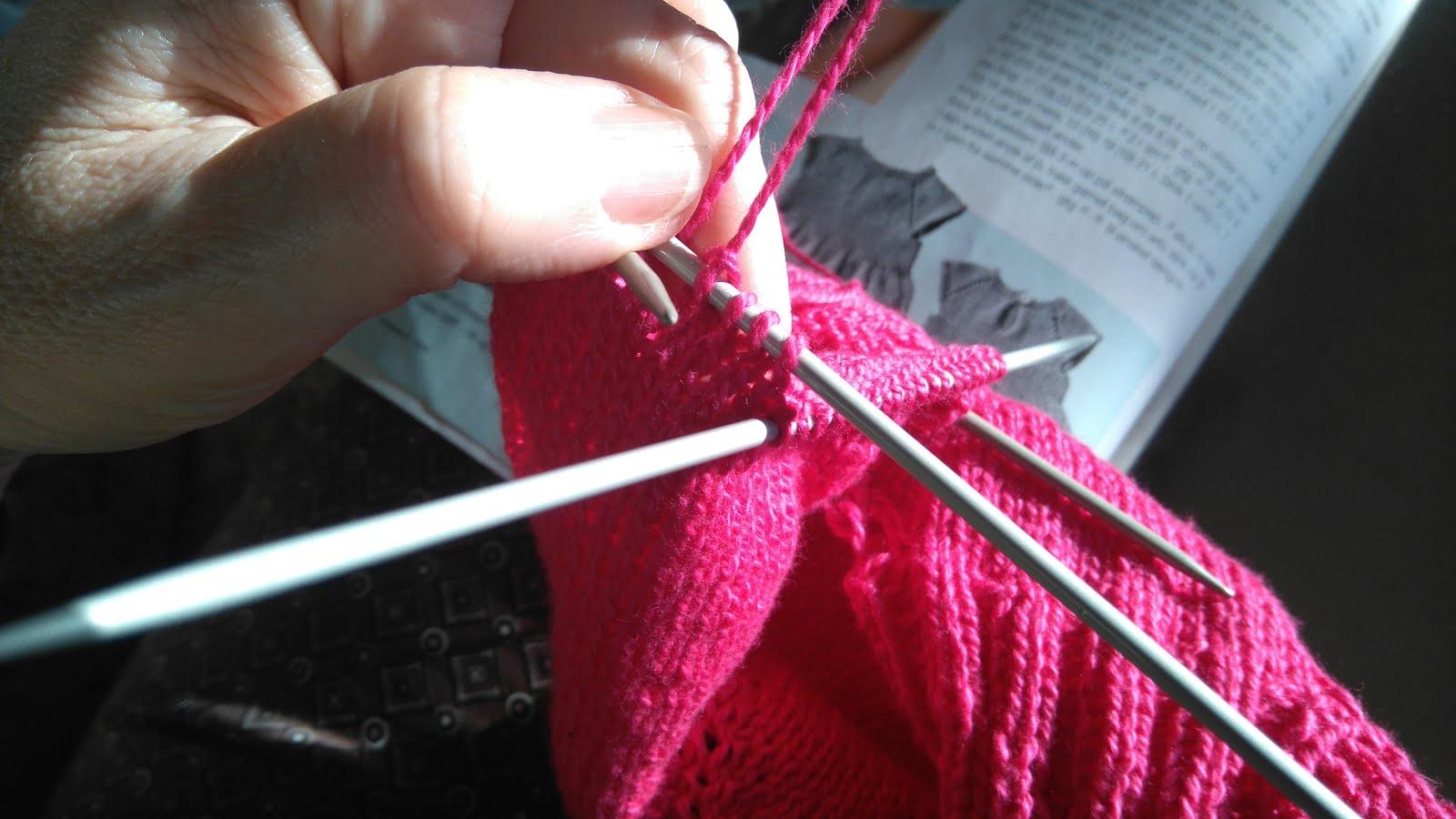 strik på strømpepinde