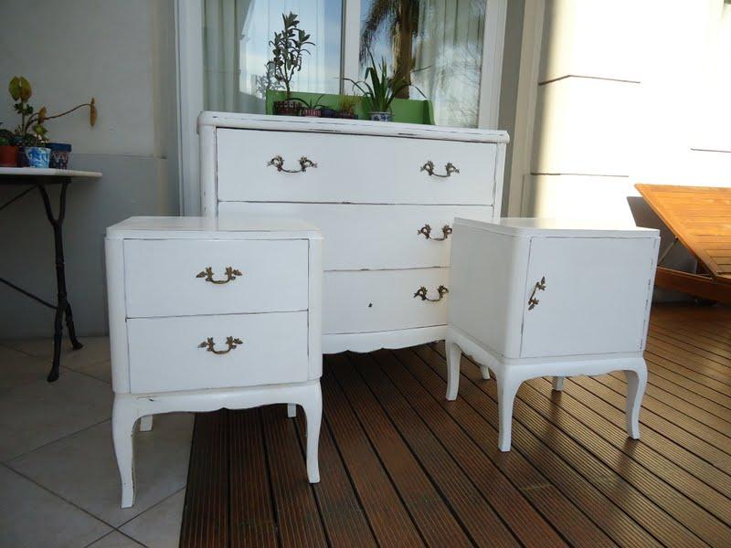Vintouch muebles reciclados pintados a mano otra - Comodas antiguas blancas ...