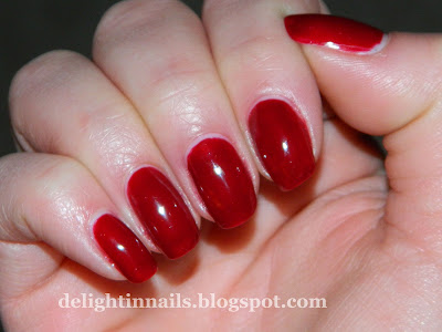 Nicole by OPI Sealed With A Kris