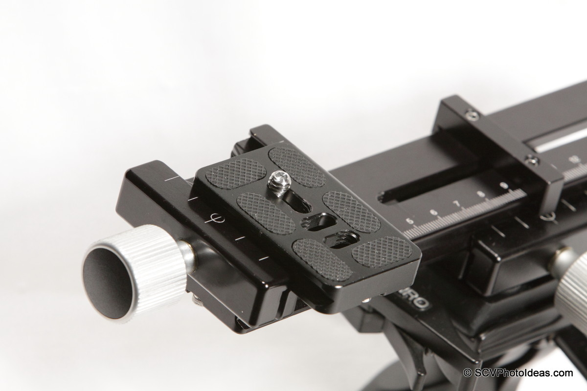 Hejnar Photo F62a + E032 Nodal - camera plate closeup - right