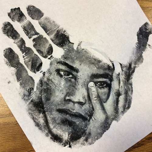 18-Russell-Powell-Hand-Body-Painting-Transferred-to-Paper-www-designstack-co