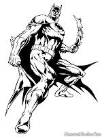 Batman Bersiap Menyerang Musuhnya Dengan Bumerang