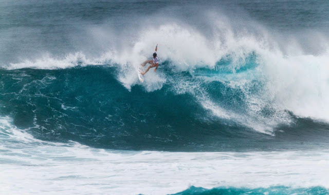 47 Vans World Cup of Sufing 2014 Mason Ho Foto ASP