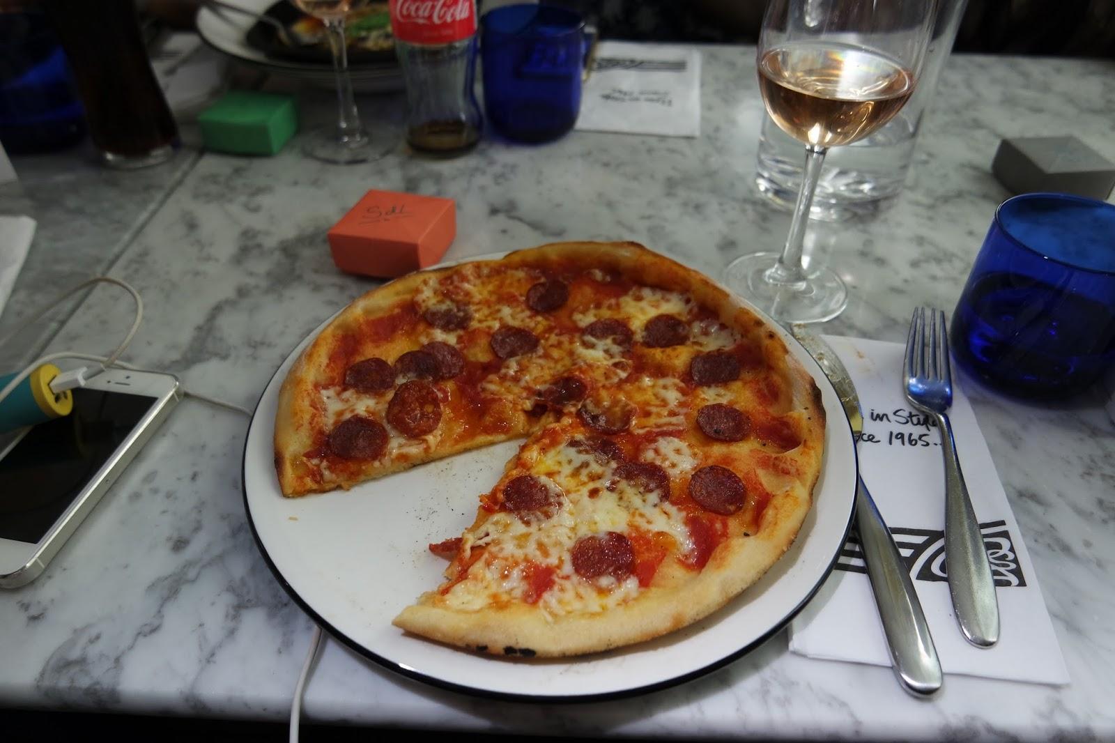 bloggerslunch pizza express s urs de luxe. Black Bedroom Furniture Sets. Home Design Ideas