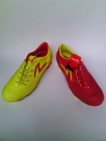 Sepatu Bola Specs Swervo Baracuda Yin Yang