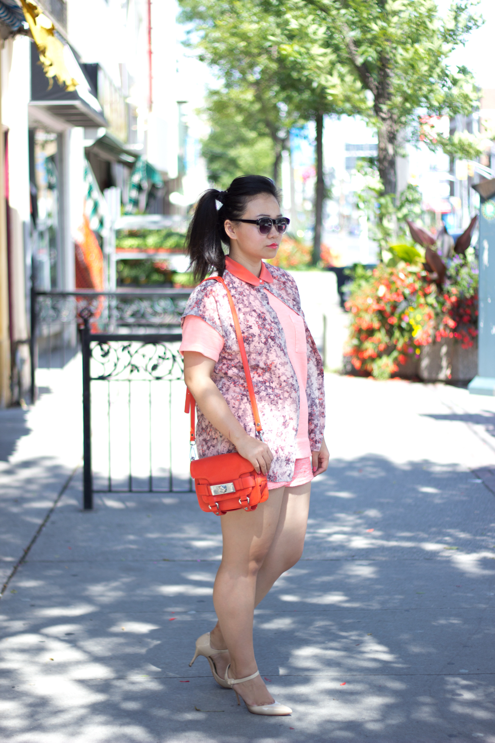 monochromatic-summer-look, neon-orange, floral-blouse