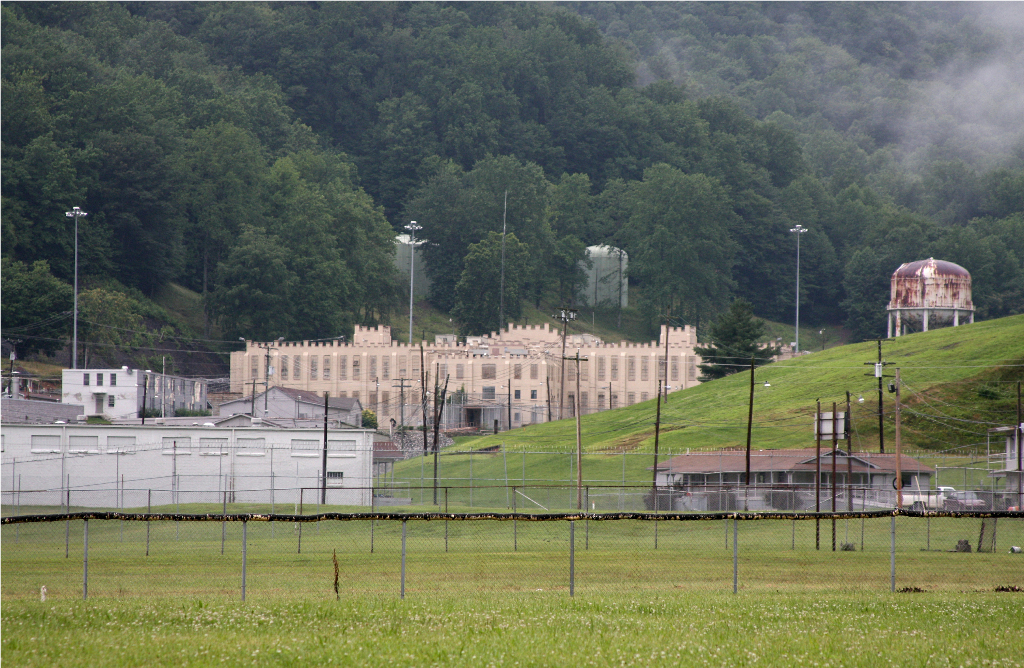 Wayfarin Stranger Brushy Mountain State Penitentiary