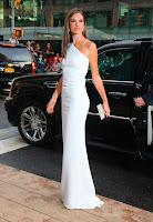 Alessandra Ambrosio white dress
