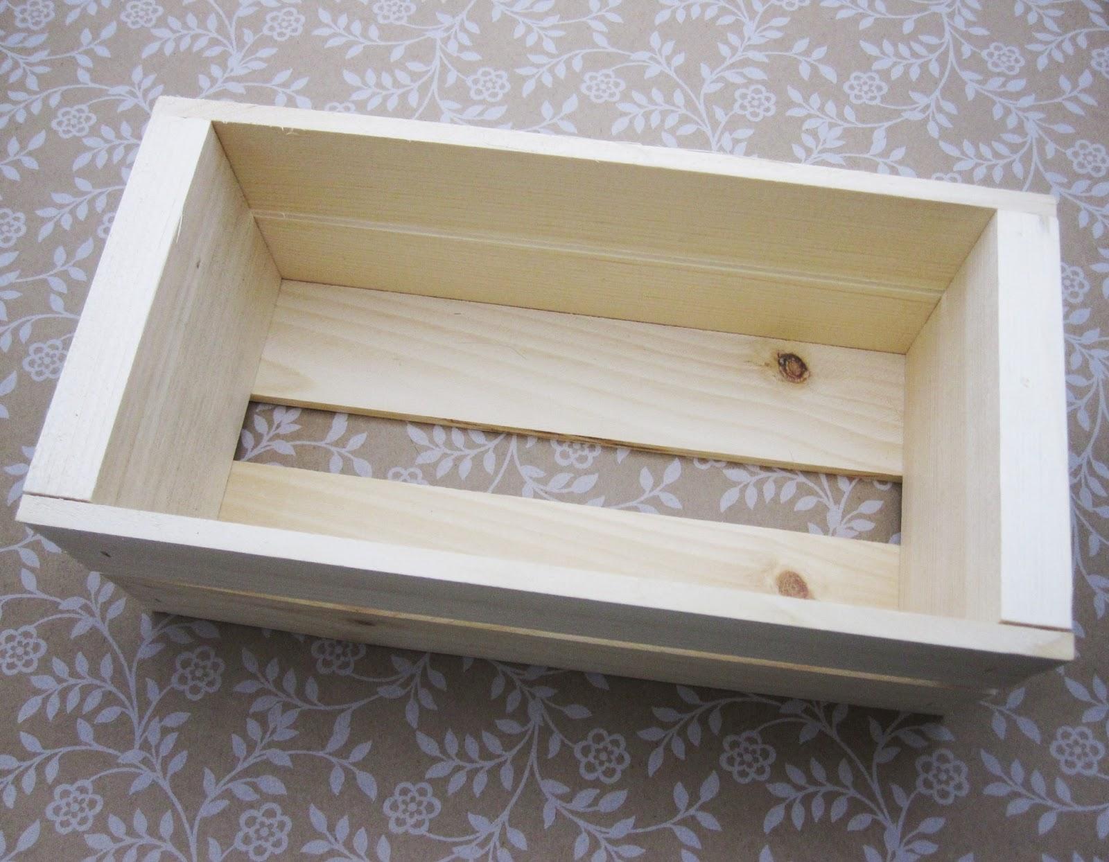 The botanical box diy wood planter box for Diy decorative wood boxes