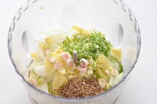 Thai Green Curry Paste ~ Simple Food