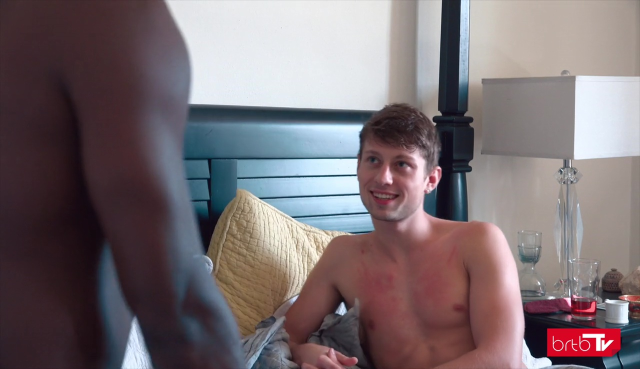 gay smear precum on lips