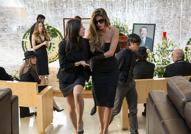 Mariana Treviño and Stephanie Cayo in a scene from Netflix's Club de Cuervos