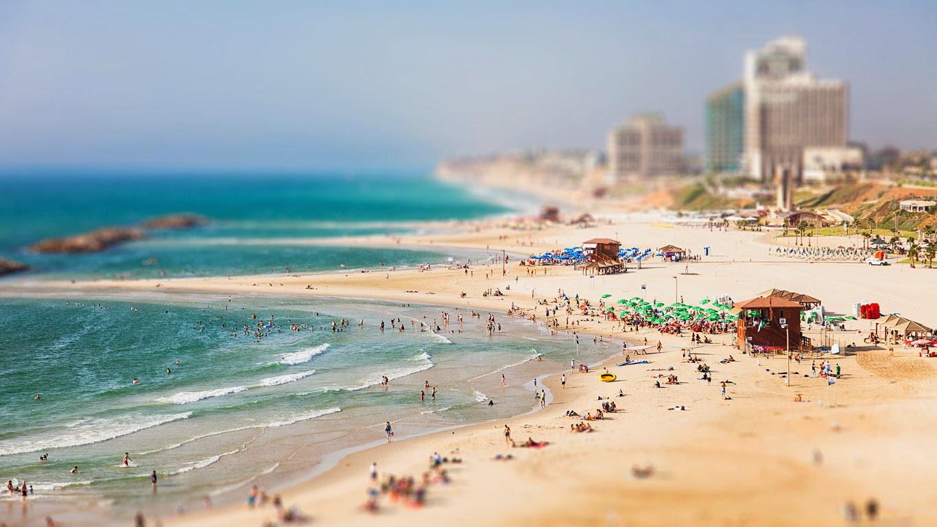 Herzliya, Israel (© Dima Shapira/500px) 221