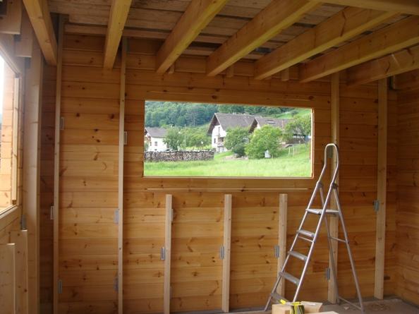 Mon chalet madrier en autoconstruction isolation chape et for Montage lambris bois