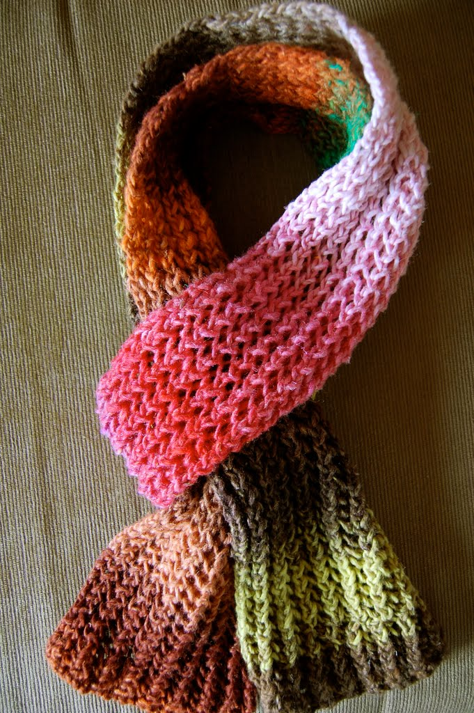 Knitting Scarf Patterns With Pictures : Scarf knitting patterns gallery