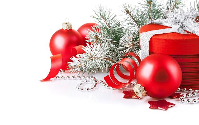 Beautiful Christmas Arrangement wallpaper