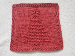 image Easy Christmas Bazaar Crafts - Knit Christmas Tree Dishcloth shown in red