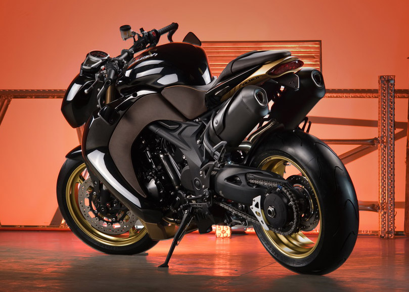 Vilner Triumph Speed Triple Bulldog Wallpapers HD  - vilner triumph speed triple bulldog wallpapers