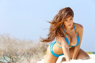 raquel meza desnuda topless modelo venezolana