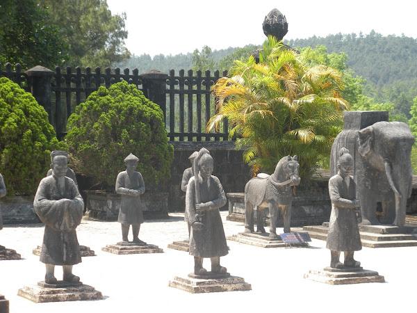 Tumbas imperiales del Viaje por Vietnam (Asia)