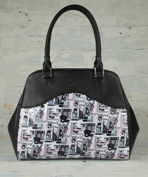 amy-winehouse-fred-perry-print-bowling-bag