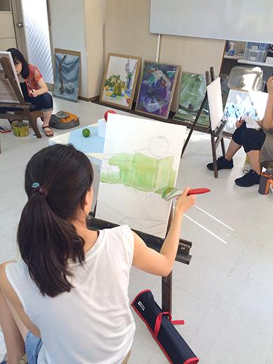 横浜美術学院の中学生教室 美術クラブ アクリルで描く「静物着彩」5