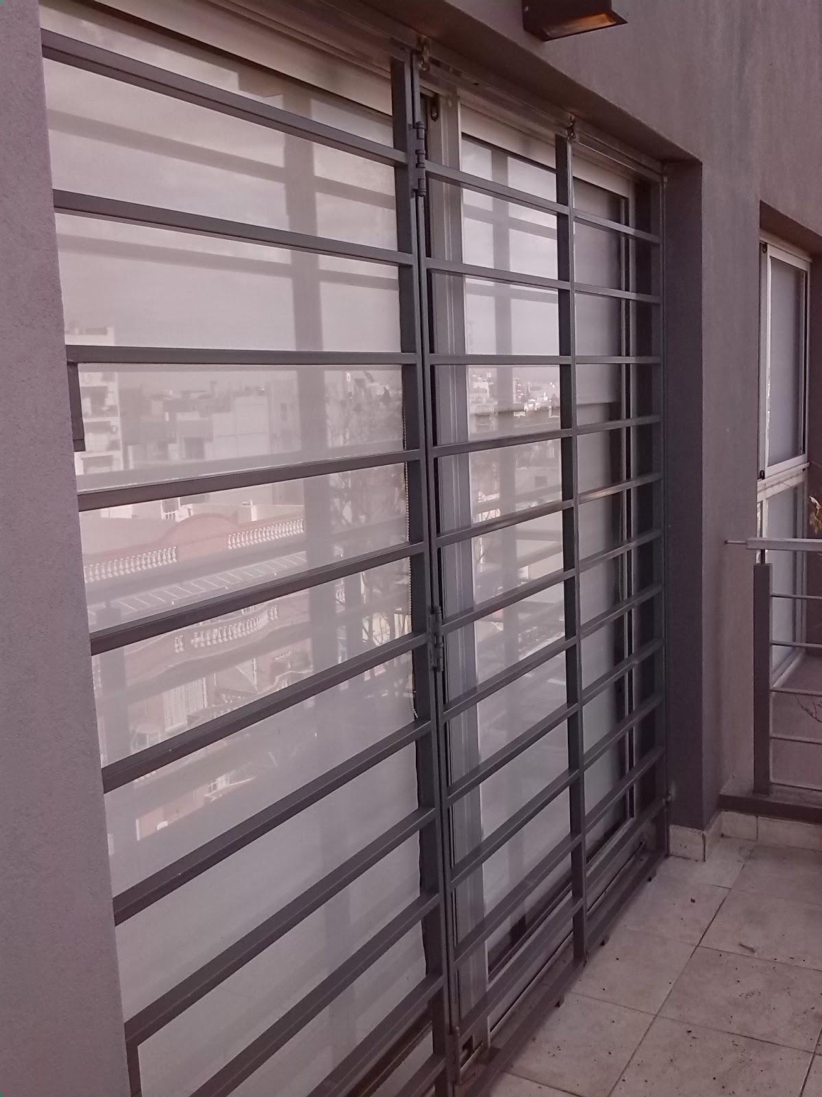 Herreria h c rejas ventana balcon for Ventana balcon medidas